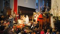 Uitnodiging voor vieringen voor jonge gezinnen met kerst
