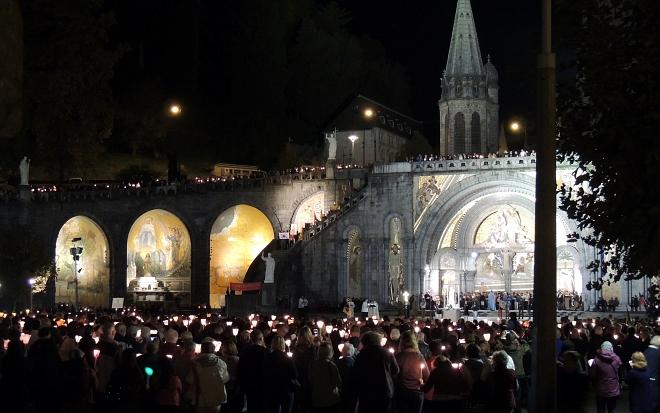 Gezamenlijke viering in de Bernadettekerk