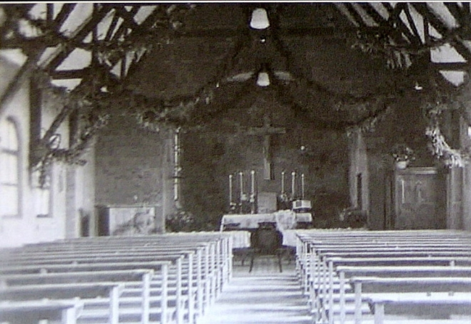 Interieur Noodkerk in 1946