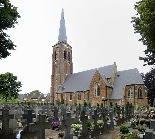 Diessen kerk met kerkhof