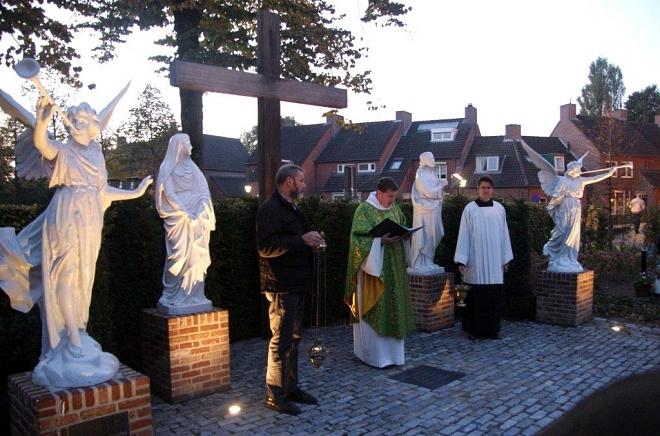 Tekst inzegening gerenoveerde kerkhof Diessen 22 oktober 2016